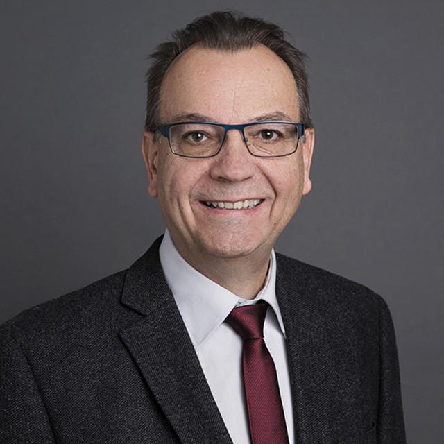 Portrait von Hansjörg Huber